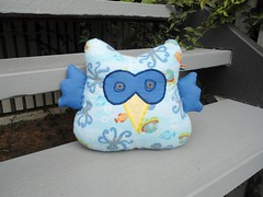 owl cushion (Sami's Dolls) Tags: elephant turtle stuffedanimals samu handmadetoys waldorfdolls waldorftoys samiramina samisdolls