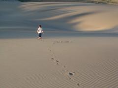 Small Footprints (RuloCIMA) Tags: beach walking kid sand alone footprints playa arena veracruz villarica dunas