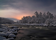 Evening on the River (Paatus//) Tags: winter night evening lapland moonlight msm northnorway bestofblinkwinners trueexcellence2 flickrsfinestimages1 chariotsofartistslevel10 soulocreativity3 soulocreativity4 vigilantphotographersunite vpu2 vpu3 vpu4 vpu5 vpu6 vpu7 vpu8 vpu9 vpu10