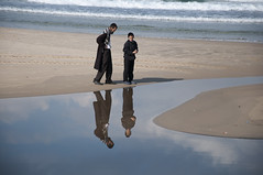 Reflections (Poupetta) Tags: fatherandson liveandletlive shahu themediterraneansea telavivbeach thebirdman theeternalrunner