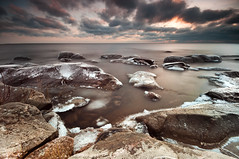 Cold rocks - Hammar sydspets (- David Olsson -) Tags: longexposure winter sunset lake cold ice nature water clouds landscape nikon rocks cloudy sweden freezing sigma le 1020mm 1020 vnern vrmland wintry lakescape d5000 takene davidolsson hammarsydspets hitechprostop10 2exposuremanualblend ginordicfeb12 hitech09softgradgnd