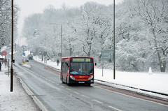 SE84 on route 244 in the snow (John A King) Tags: snow bus explore shootershill londoncentral route244 se84