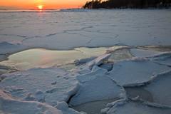 1202_untitled_257 (PaiviH) Tags: helsinki lumi maisema vesi jää