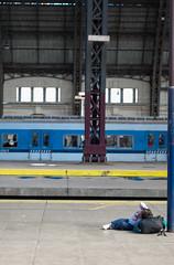 (Jeremy Hatcher) Tags: argentina train bag tren kid buenosaires sleep terminal niña dormir baires mochila