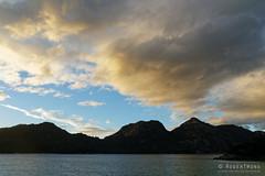 20140420-36-Sunset at Wineglass Bay.jpg (Roger T Wong) Tags: sunset sea beach trek nationalpark sand walk australia hike granite tasmania np bushwalk tramp eastcoast wineglassbay freycinet thehazards 2014 freycinetnationalpark canonef24105mmf4lisusm canon24105 canoneos6d rogertwong