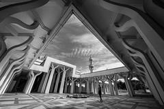 Break in the sky (rattoeur) Tags: roma muslim islam bn moschea grandemoscheadiroma