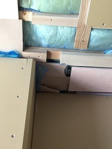 内部の施工の際、断熱材を雑に扱われたこと...