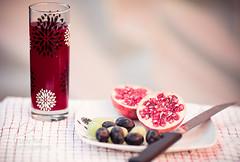 Pomegranate & Grapes (Lady_Tori) Tags: life food canon project still drink juice f14 85mm sigma pomegranate ii grapes 5d mk