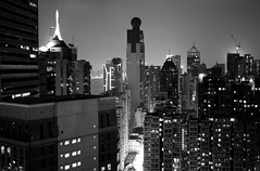 radiance (Nadia Zaboura) Tags: leica city blackandwhite bw skyline night 35mm hongkong summicron m8 f20 leicam8