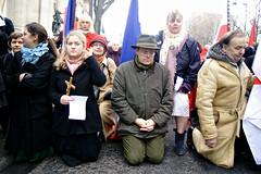 Manifestation nationale contre la christianophobie (dprezat) Tags: paris religion contest protest politique marche manifestation civitas catholique rassemblement sonyalpha700 traditionaliste christianophobie golgotapanic