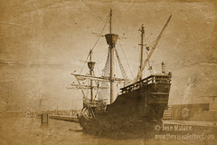 Wooden ship dark vintage look (thevisualeffect.com (JD Malave)) Tags: ocean canon vintage spain focus antique textures espana andalusia woodenship puertosherry puertodesantamaria t2i