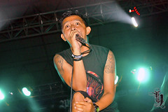 [Burgerkill] (Hendisgorge) Tags: canon indonesia eos live stage gigs 1855mm dslr malang stagephotography eastjava panggung jawatimur 450d canoneos450d burgerkill fotografipanggung hendisgorge hendhyisgorge gorkenarok brotherhoodforunity2011