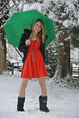 green umbrella (jennymckaysfashionandmusic) Tags: schnee red music snow green fashion umbrella schweiz mckay dress boots jenny blond snowprincess