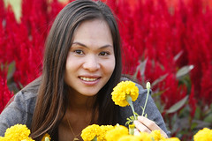 dream (2bsimple) Tags: life flowers red woman field yellow lady canon thailand outdoors colorful play enjoy thai