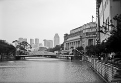 Overseeing esplanade and the fullerton hotel (tang_yiming) Tags: street 35mm summilux rafflesplace fle leicam6 thefullertonhotel kodakektar100 blackandwhiteconvert leica35mmsummiluxflef14 leicasummilux35mmasphflef14