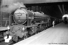 c.10/1962 - London Kings Cross. (53A Models) Tags: london train railway steam a1 kingscross peppercorn passengertrain britishrailways lner 462 60119 patrickstirling