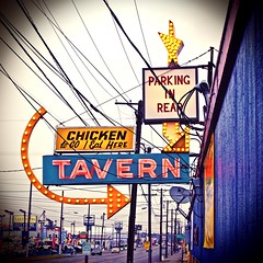 Chicken to go (Vorona Photography) Tags: street old city family summer food usa history classic chicken bar club dinner america vintage grit fun lunch tickets restaurant stand washington cool pub highway funny neon antique united great hans gritty retro flashback entertainment 99 strip memory tavern americana neonsign tacoma states lakewood roadside oldies goodies oldsign eatery concessions highway99 vintagesign recession coolsign southtacomaway classicsign