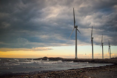 Windmills in January (Photofidelity) Tags: sunset lake water waves windmills olympus buffalony landscapephotography olympusep3