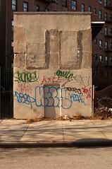 (break.things) Tags: nyc newyorkcity ny newyork brooklyn graffiti se panic oh tetris dink desa kech spa7 seones