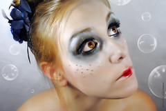 PRINCESS OF BUBBLES (NROmil) Tags: make up eyes princess bubbles bella princesa mirada belleza brillante sencilla burbujas maquillaje diamante pestañas dulzura