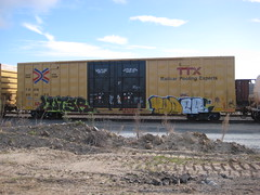 lute yoder over himself? (santa cruz and such) Tags: train graffiti freight atb htf