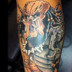 Predator tattoo I did a while back on a guy who swears he's gonna catch a Bigfoot on video! Good luck! #visualvortex #scottwhite #tattoo #alteredstatetattoo #neotat #eternalink #predator