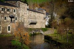 Samos (Mauricio Snchez Rubal) Tags: stone ro river lugo monasterio caminodesantiago samos piedra