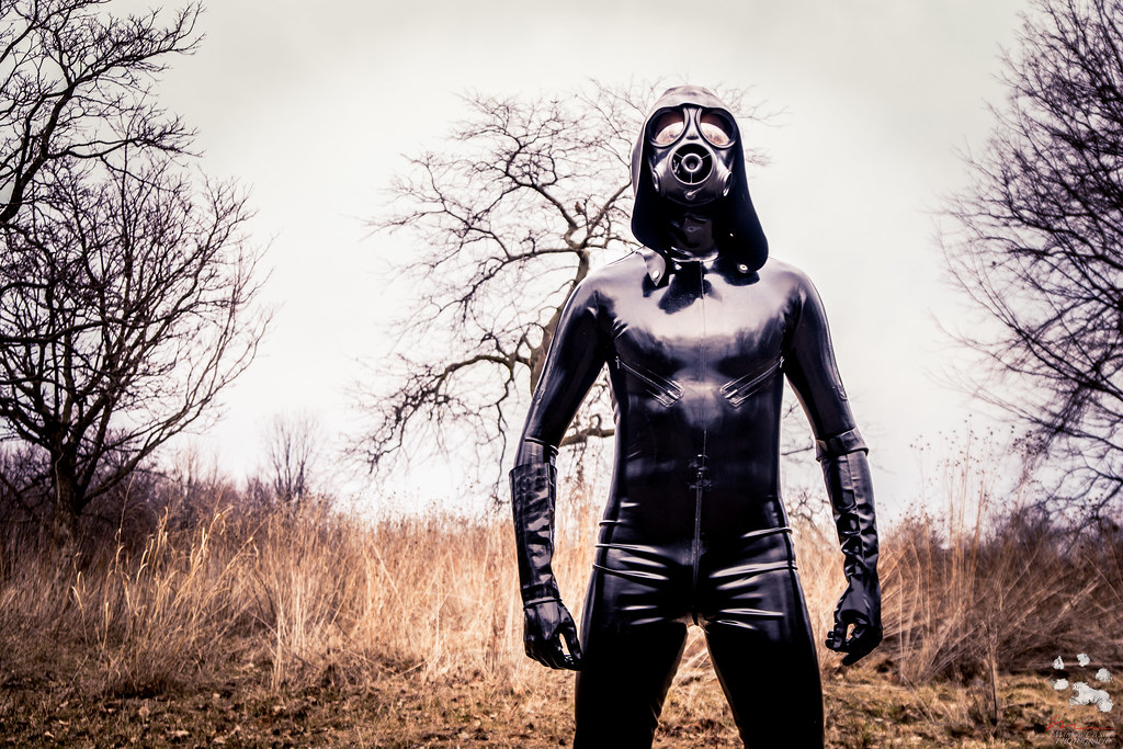Rubberdoll chains slave girl diabolica amp punishes her bad - 1 6
