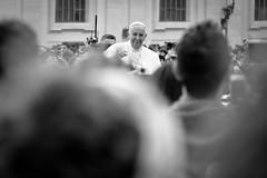 Papa Francesco (petree.) Tags: people blackandwhite bw pope vatican rome roma church crowd vaticano chiesa sanpietro biancoenero piazzasanpietro messa folla pontefice popefrancis