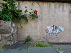 Pol Cosmo / Kongostraat - 8 mei 2016 (Ferdinand 'Ferre' Feys) Tags: streetart pasteup graffiti belgium belgique wheatpaste belgi urbanart graff ghent gent gand graffitiart arteurbano artdelarue urbanarte polcosmo