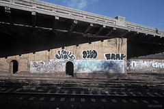 reas x ghost x jick x devo x trap (Into Space!) Tags: railroad ny newyork li tag ghost tracks tunnel longisland queens devo if trap bombing throw kuma floater longislandrailroad reas fillin jick throwie intospace