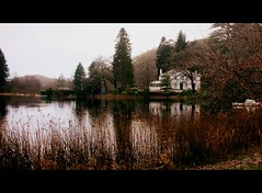 Hotel du Lac (Cinzia Robbiano) Tags: autumn lake fall lago scotland autunno scozia absolutelystunningscapes