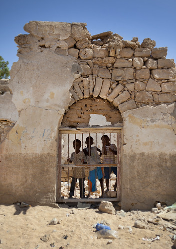 Kids playing in the Berbera ruins - Somailand