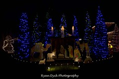 20111212_Cheam and chilliwack Christmas lights_0214 (Ryan Dyck) Tags: santa christmas new blue trees red bw panorama orange white mountain macro green art church nature beautiful beauty yellow photoshop wow spectacular stars nose photography lights star yahoo google amazing holidays artist creative picture trains angels displays pro chacha capture polarizer reigndeer nativity bing altavista exciting chilliwack rosedale lightroom fraservalley mtcheam nikond90 ryandyckphotography ryandyckphotography scenics nikon1870 greenheard