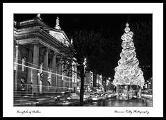 Christmas Fairytale of Dublin (Damo kelly) Tags: christmas street longexposure light bw dublin canon eos lights mono columns trails 7d pillars gpo oconnellstreet