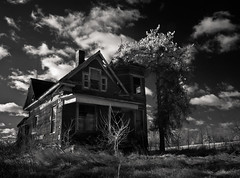 Nudist House (Rodney Harvey) Tags: blackandwhite architecture rural decay haunted spooky abandonedhouse infrared nudist freakincold