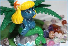 Have a moment? (Rigib) Tags: blue macro canon miniature figure 60mm smurf mermaid jewels smurfs gem schlumpf pitufo smurfette gemstone schlmpfe schleich schtroumpf peyo puffo f180 lens00025 img6057    moulov sanafer