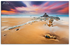 Boom! (alonsodr) Tags: longexposure beach seascapes sony playa filter reverse alpha alonso bizkaia euskadi vizcaya graduated inverso marinas pasvasco carlzeiss filtro sopelana largaexposicin degradado a900 alonsodr nd1000 gnd8 alonsodaz alpha900 cz1635mm