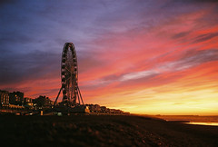 early morning wheel (lomokev) Tags: morning pink sea sky orange cloud beach silhouette sunrise brighton fuji mju superia olympus 400 ferriswheel bigwheel fujisuperia fujisuperia400 clich xtra fujicolor olympusmju olympusmjuii fujicolorsuperia400 deletetag fujicolorsuperia olympusmju2 brightonwheel brightono file:name=120119olympusmjuiisuperia40031 file:name=120119olympusmjuiisuperia400
