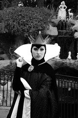 Monochrome Monday, Evil Queen Disneyland (Kent Freeman) Tags: disneyland evil queen tamaron 18250mm