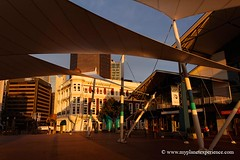 Queens Wharf - Wellington, New Zealand (My Planet Experience) Tags: newzealand building art architecture canon coast photo photographie harbour queens wharf nz wellington northisland maori oceania austral mori nouvellezlande ocanie ledunord wwwmyplanetexperiencecom myplanetexperience