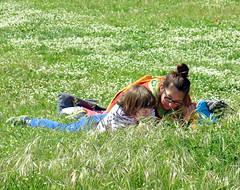 Primo Maggio 2016 (loungerie) Tags: family people green field grass mother son mum primo livorno maggio 2016 urbani orti scampagnata