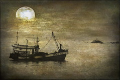 Moonlight Fishing (ulli_p) Tags: light sea moon art texture water thailand boat fishing asia southeastasia kohsamui samui textured likeapainting aworkofart flickraward texturedphoto awardtree artofimages exoticimage