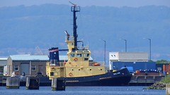 Seal Carr tugboat (byronv2) Tags: sea water port docks river coast scotland boat edinburgh ship harbour forth coastal northsea maritime leith tugboat tug firthofforth riverforth edimbourg portofleith rnbforth sealcarr