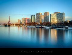 Paris, tours de la Grenelle et la tour Eiffel (Beboy_photographies) Tags: paris france building seine canon de soleil photo photographie tour mark coucher eiffel ii 5d paysage quai hdr immeuble coucherdesoleil fleuve grenelle photographies beboy 5dmarkii