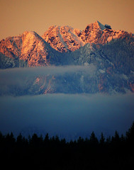 First Snow on Vancouver Mountains at Twilight (Explored) (TOTORORO.RORO) Tags: sunset snow canada mountains tree nature fog vancouver lens landscape mirror reflex twilight bc sony translucent cypress alpha 500mm f8 slt grousemountain greatervancouver a55 sal500f80