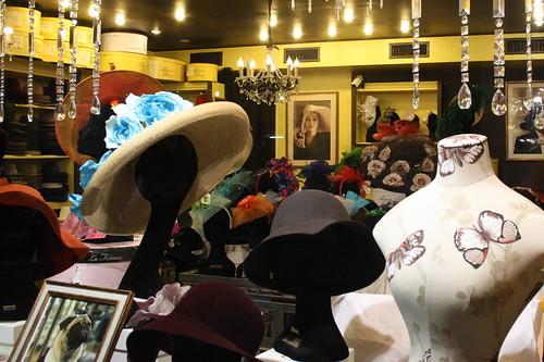 Chapeaux, boutique avenue Miromesnil