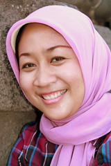 Java Smile (Alan1954) Tags: portrait woman holiday smile face scarf indonesia java asia muslim hijab moslem 2011 hijjab