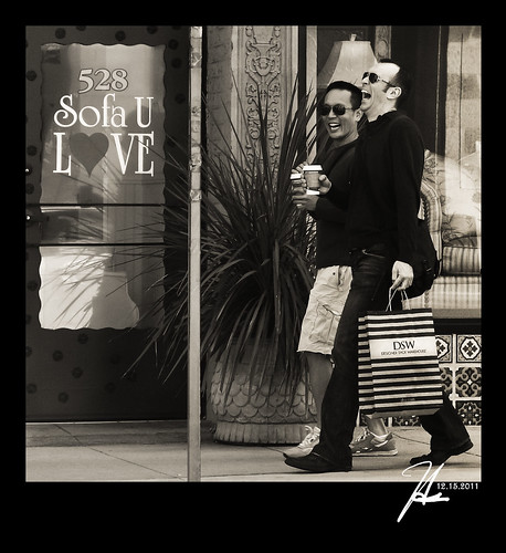 Pasadena Street Photography - Shopping - Our Daily Challenge 12.15.11