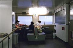 Insulaner machen Feierabend (Christoph Schrief) Tags: film analog germany langeoog nordsee ferryboat fujisuperia1600 germanocean fujiklass